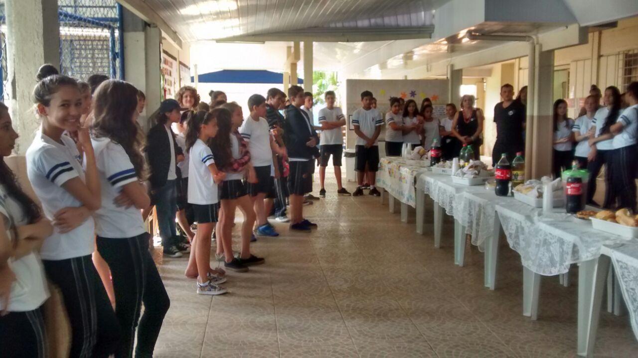 Café Solidário e sorteio das rifas de Páscoa