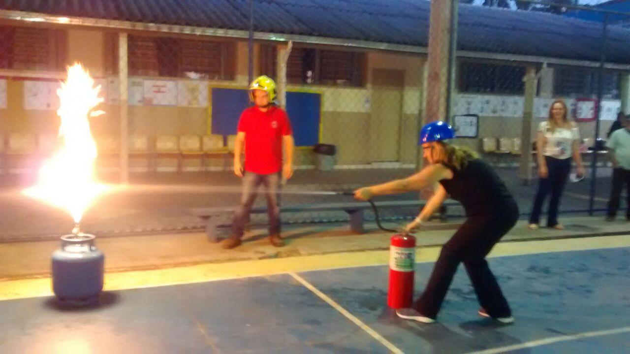 Curso de formação da brigada de incêndio